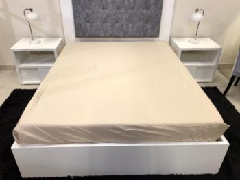 fitted sheet stone